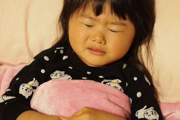 鼻血 中 幼児 就寝